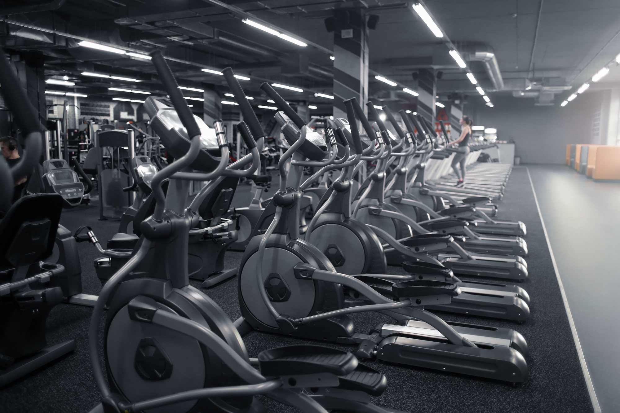 Elliptical machines and treadmills in a gym